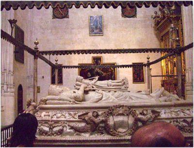 Sepulcro de los Reyes Católicos en la Catedral