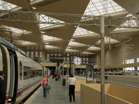 Estación de ferrocarril de zaragoza