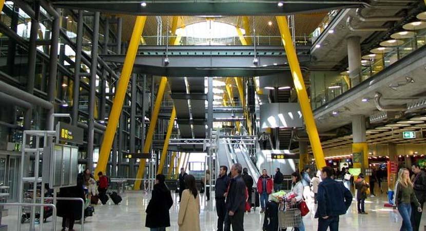aeropuerto-madrid-l8s9y