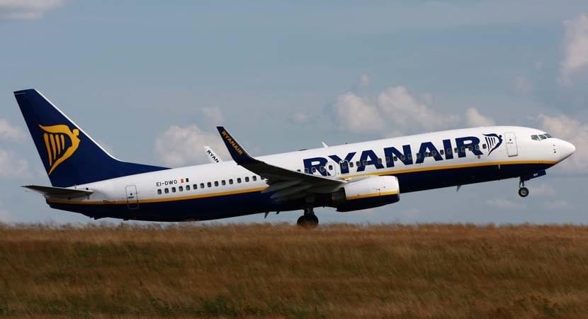 avion-de-ryanair-34tsl