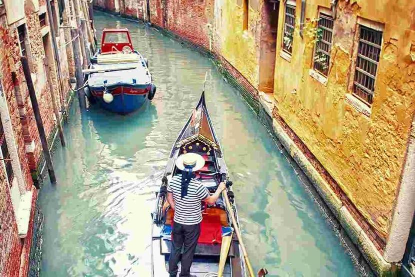 canales de venecia en italia