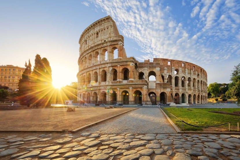 el coliseo en italia