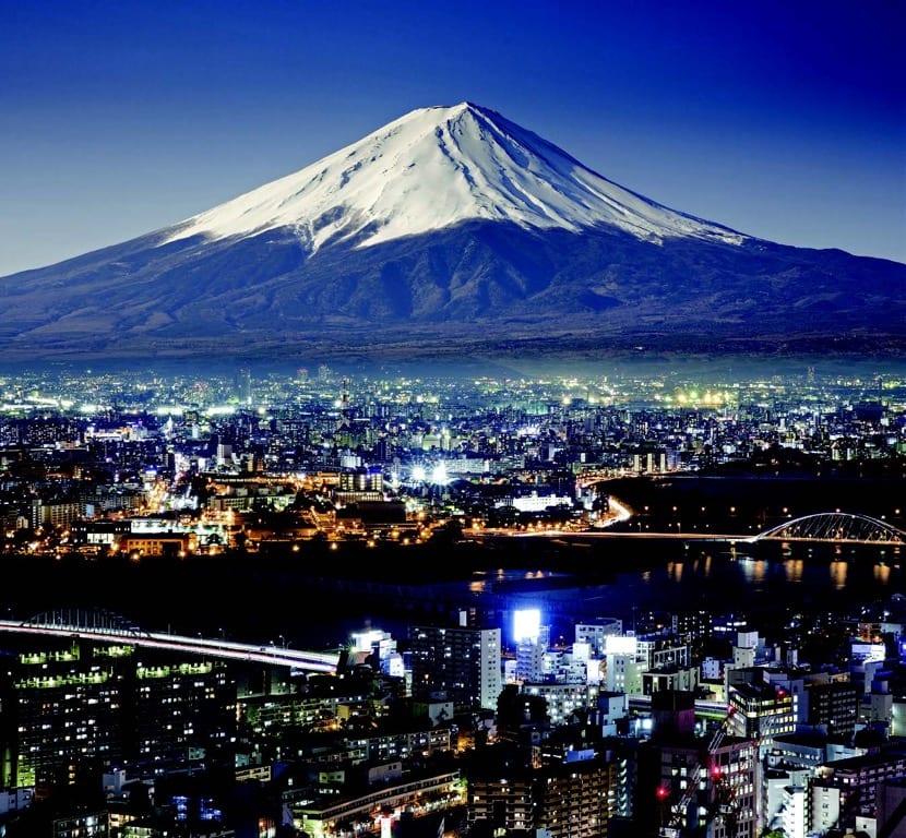 buscar hostales en tokio