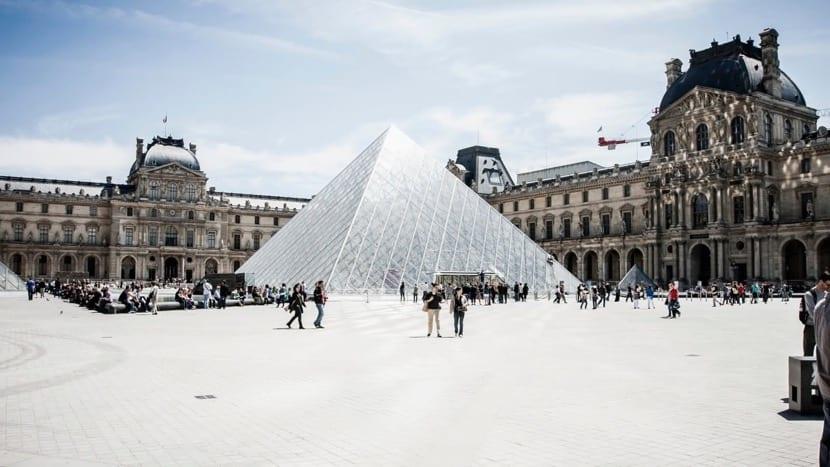 visitar a pie la ciudad de paris